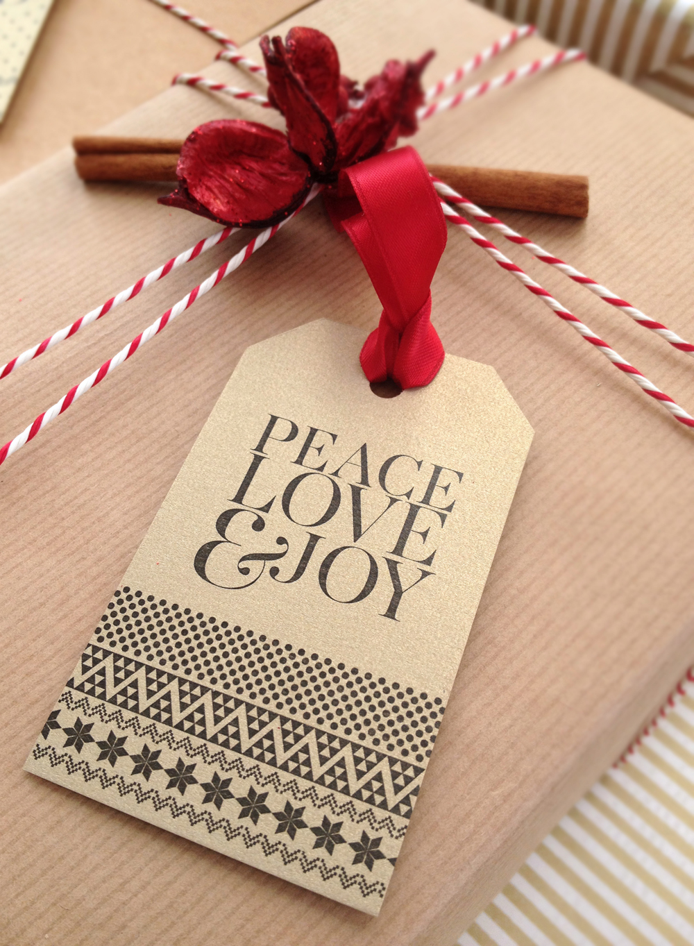 Tag-range-on-gifts